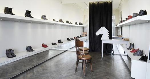 ladeco ladenausstattungen. Black Bedroom Furniture Sets. Home Design Ideas